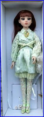 16 TonnerEllowyne Wilde's FriendSatin Shimmer Amber OutfitNo DollRare