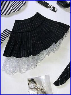 16 Tonner Ellowyne Wilde Wall street Woes 2007 Pinstriped Suit Skirt Outfit