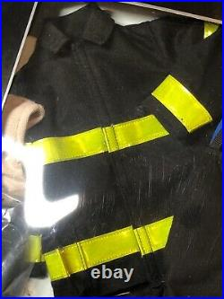 16 Tonner Outfit Clothing Matt ONeill Hero Firefighter Boots & Coat NRFB #T