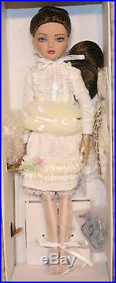 2011 Tonner Doll Ellowyne Wilde Uncomfortably Blue LE 1000 + Complete Outfit Box