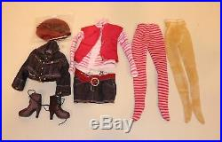 2011 Tonner Fashion Doll Ellowyne Wilde Fitting In with Complete Outfit in Box
