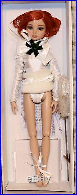 2014 Tonner Doll Ellowyne Wilde Seriously Dressed with Complete Outfit in Box