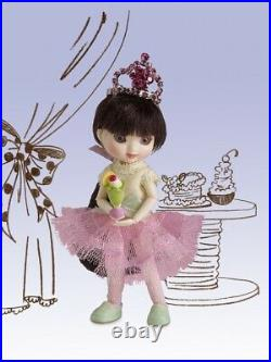 Amelia Thimble ICE CREAM PRINCESS OUTFIT ONLY NRFB IN SHIPPER NO DOLL