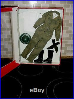 Basil St John Tonner Doll Hunt For The Black Orchid Outfit Brand New In Box