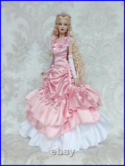 Berlicy Dress, Gown, Outfit for dolls 16 Tonner Antoinette body/Cami