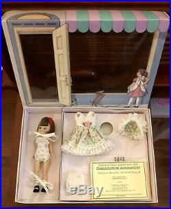 Betsy McCall Exclusive Back To School Doll And Outfit LE Gift Set /300