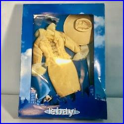 Bewitched Endora Mother of the Bride Outfit by Tonner. New in Box