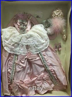 Court Gown Outfit & Wig Tonner-Beautiful Sold Out-NRFB American Model LE 100