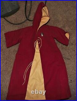 EUC- Tonner Harry Potter -17Doll-Full Griffindor SEEKER outfit-small flaw-look