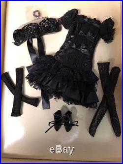 Ellowyne Wilde Seriously Dark Outfit