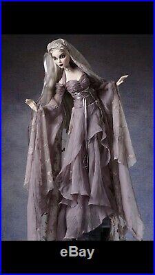 Evangeline Ghastly Outfit Cemetery Serenade