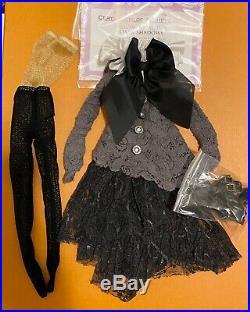 HTF Tonner Convention Ellowyne Wilde Dark Shadows OUTFIT & CARD