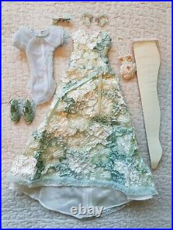 Melancholy Melody gorgeous & rare outfit from Wilde Imagination for Ellowyne