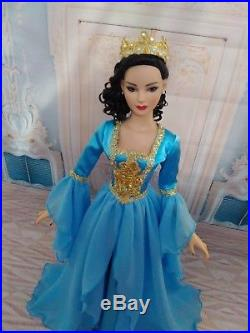 NEW DRESS, Gown, Outfit for dolls 22 TONNER American model