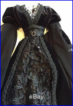 New Complete Outfit Only Bright Moon Evangeline Ghastly Doll LE350 Tonner Wilde