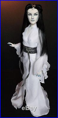 OOAK Antoinette Repaint Yuki-Onna by Halo Repaints BIN Includes Outfit