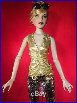 OOAK Tonner composite doll LE 300 Definitely Downtown outfit Deeanna NYC Ballet