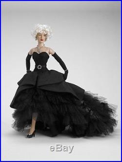 RARE CELEBRATION A PARIS TONNER DOLL outfit Paris Fashion Doll Festival LE 100
