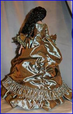 Robert Tonner La Vie de Versailles Deja Vu Outfit