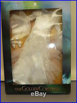 Robert Tonner Outfit Tucking In from The Golden Compass Collection NIB
