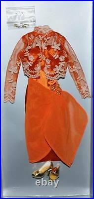 Sunset Cocktails outfit Tonner 16 Curvy Body Dee Anna DeeAnna Denton MIP Bettie