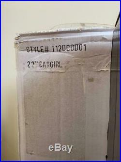 TONNER AMERICAN MODEL 22 DOLL BATGIRL in BELLADONNA outfit