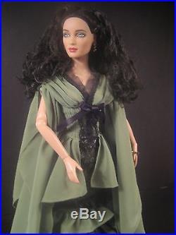 Tonner Dressed Doll Wonderland Costume Ball Evangeline Neverending Outfit