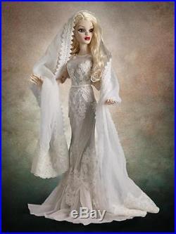 Tonner18.5 Evangeline Ghastly Ghostly Figures OutfitNo DollLE 200NRFBRare