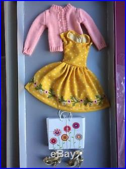 Tonner AGATHA PRIMROSE 13 AGATHA'S SHOPPING DATE Doll Clothes Outfit NRFB