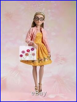 Tonner Agatha Primrose Basic Brown Sugar 13 Doll + Shopping Date Outfit