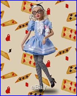 Tonner Agatha Primrose Comic Con Alice In Wonderland 13 Doll & 3 Nrfb Outfits