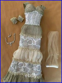 Tonner Classic Elegance Sydney Outfit