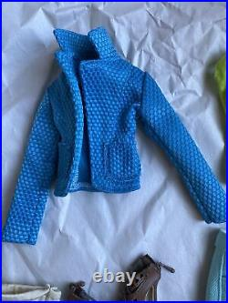 Tonner DEJA VU 16 PENELOPE BREWSTER AROUND TOWN Fashion Doll Clothes Outfit
