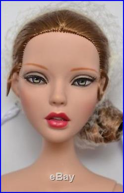Tonner Deja Vu Emma Jean's Siren Song 16 NUDE Doll AND Thoroughly Modern Outfit