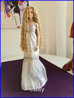 Tonner Doll, Cami, Puppe, Sammlungsauflösung mit Outfit und Ständer