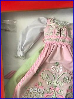 Tonner Doll Mrs. Claus In Santa's Sweet Shoppe Outfit NIB