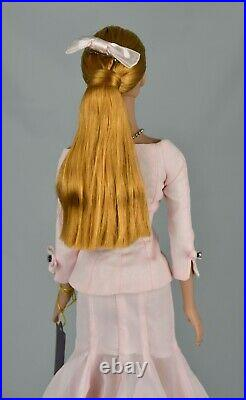 Tonner Dolls RTW Sydney Chase 2002 in Feminine Charm Outfit Mint