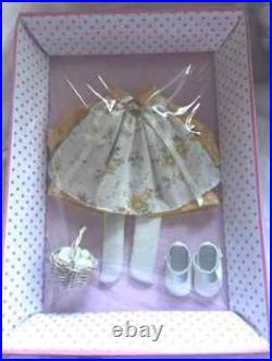 Tonner/Effanbee Patsy 10 RISE & SHINE OUTFIT NRFB + Shipper NO DOLL OUTFIT ONLY