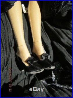 Tonner Emma Jean Doll in'Lady Arabella Garden Walk' outfit