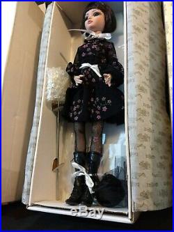 Tonner Essential Ellowyne Wilde LOT Too Wigged Out Doll Multiple Tears Get Happy