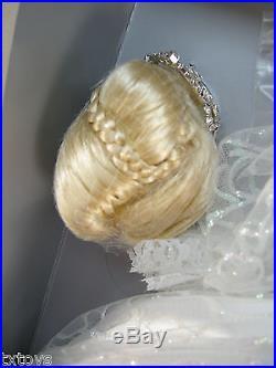 Tonner Glass Slipper Cinderella Disney 22 Outfit American Model BRAND NEW NRFB