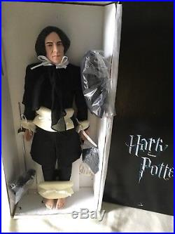 Tonner Harry Potter 19 DOLL Figure Professor SNAPE in Black Outfit withWand + Box