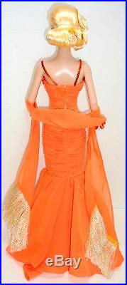 Tonner Marilyn Monroe 16 Doll + I Just Adore Conversation Outfit withStand EUC