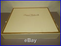 Tonner Regina Wentworth UFDC 2005 Gift Set, Beautiful with2 Outfits Mint withBox COA