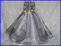Tonner Scarlett Gone With The Wind'Shanty Town' Outfit for 16 doll, New
