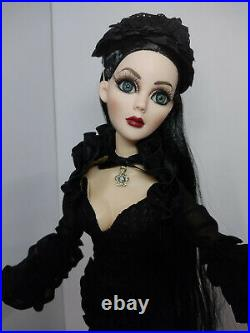 Tonner WI Evangeline Ghastly Nocturnal Doll 18 Wearing Dark Glamour Outfit