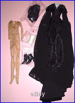 Tonner Wilde Bright Moon 18 Evangeline Ghastly Doll OUTFIT New