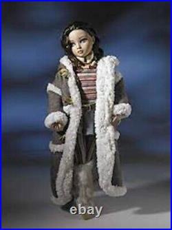 Tonner Wilde Imagination Ellowyne Wilde 2008 Winter Blahs outfit Rare