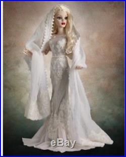 Tonner Wilde Imagination Ghostly Figures 18 Evangeline Ghastly Doll OUTFIT