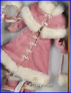 Tonner Winter Wonderland Outfit fits 12 Alice In Wonderland, Marley NRFB Rare